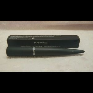 MAC Kajal Crayon - Flourish Me Deep (Black) NIB
